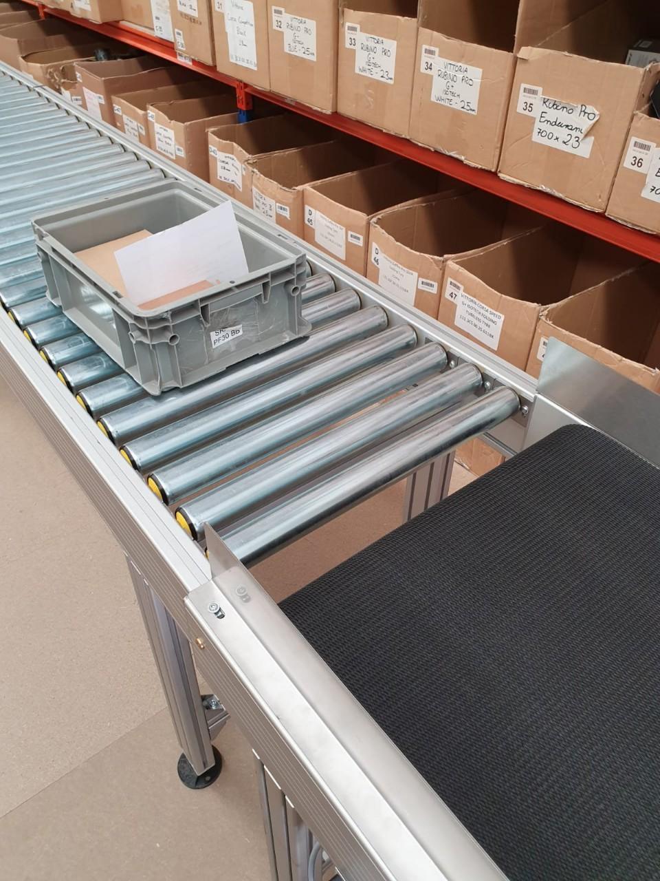 Khung băng tải con lăn - khung băng tải dạng xếp - Băng tải Doanh Trí